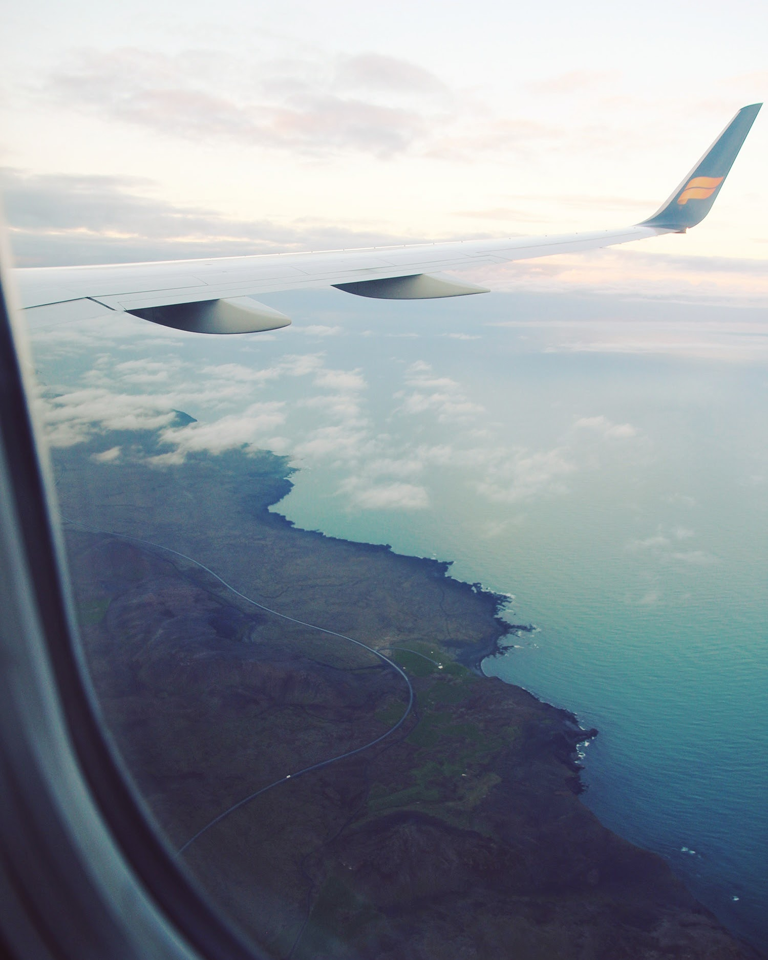 IcelandAir flight