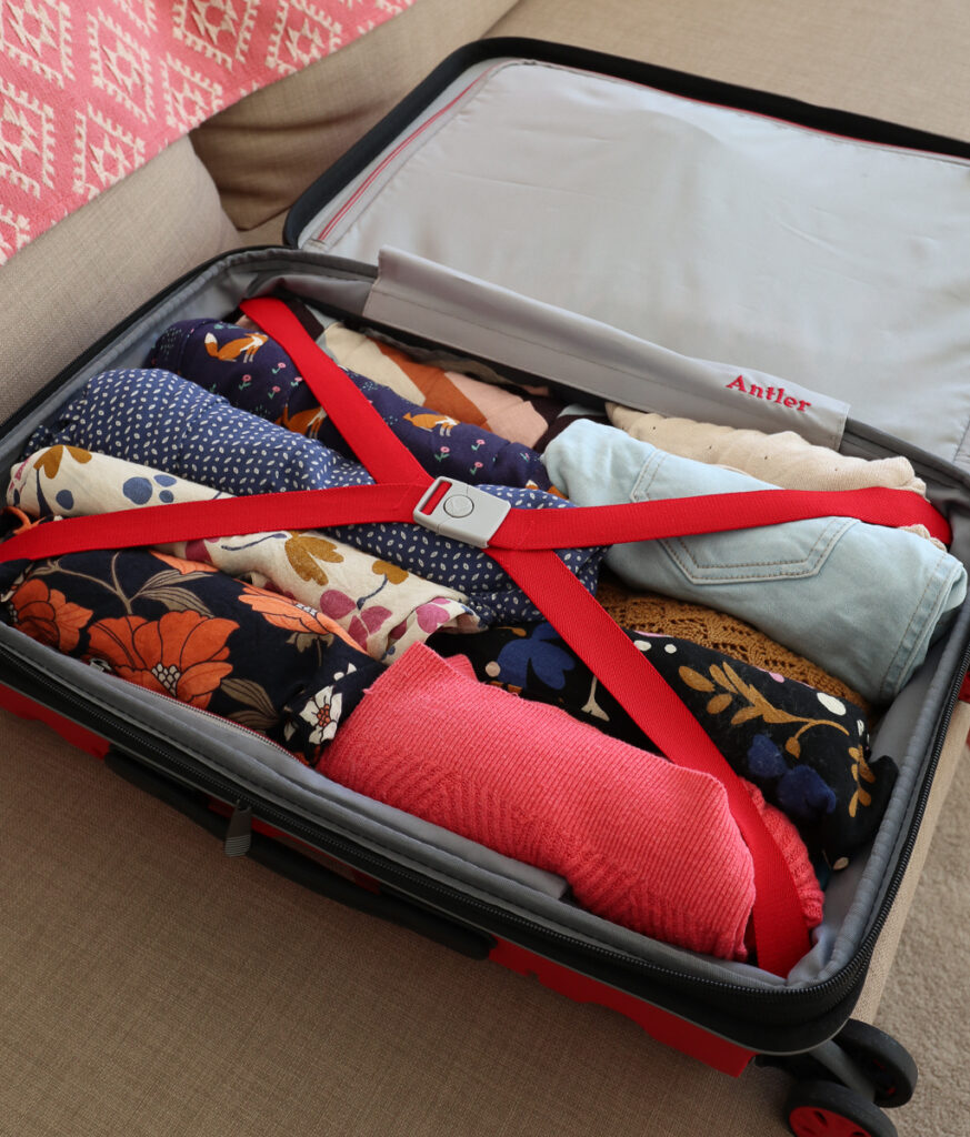 Soft shell or hard shell suitcase