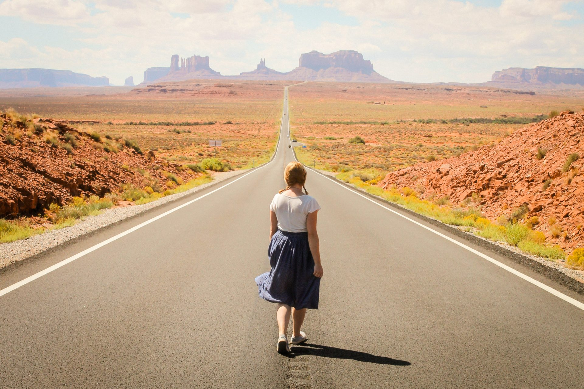 The road leading to Monument Valley in Utah, USA